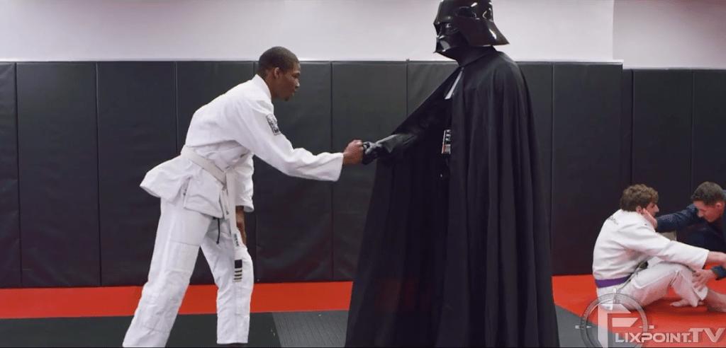 Veja o que Darth Vader aprontou em um treino de jiu-jítsu