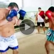 O Dia em que um gordo de 26 anos desafio um garoto lutador de Muay Thai de 13 anos