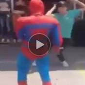 É por isso que o homem aranha não foi ajudar Os Vingadores
