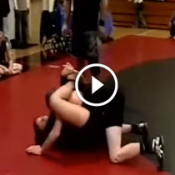 O dia em que a menina do Jiu-Jitsu venceu o garoto do Wrestler