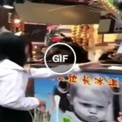 A vingança contra o tiozinho do sorvete