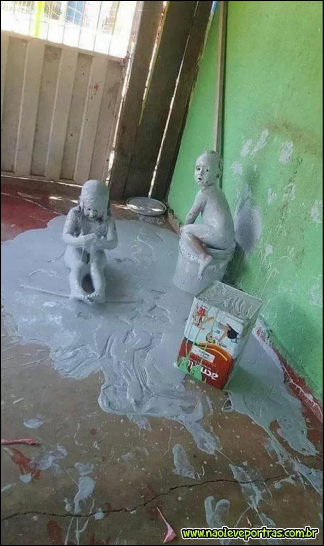 Tava calor e as crianças resolveram se refrescar