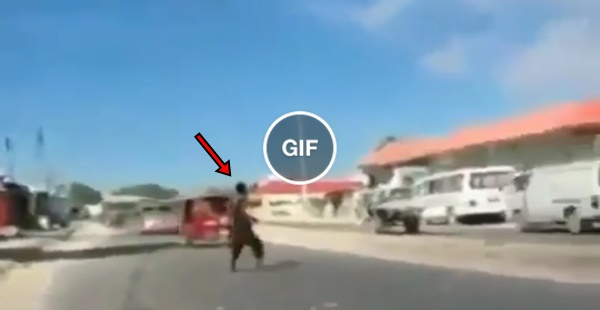Magneto Black é flagrado destilando sua ira nas ruas da África