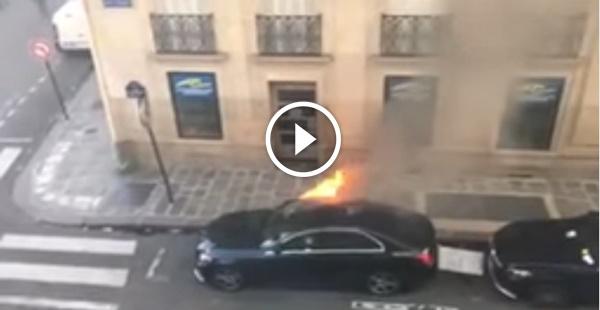 Ainda bem que os bombeiros chegaram, se não o carro ia dar perda total...