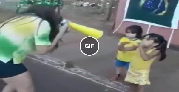 Jucelina, a menina que não admite perder uma disputa de cornetas